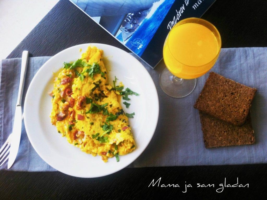 Omlet s porilukom i špekom/Omelet recipe
