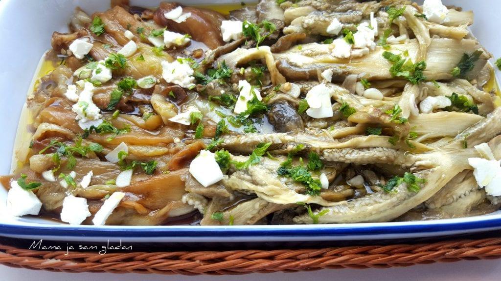 Salata od pečenih paprika i patlidžana
